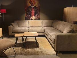 Willem-hoekbank-microvezel-stof-meubel-drive-inn-enschede.jpg
